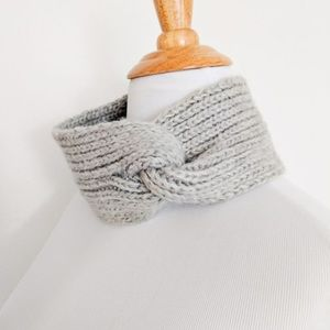New Loft knit earband headband warmer